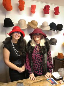 ELINS klær og hatter